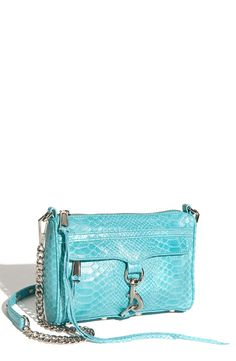 I need this purse in my closet immediately!!!