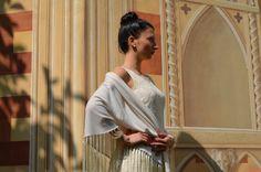 Scialle Ellen in morbida maglia di lana con frangia in seta