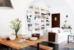Whitewash, dark accents, and farmhouse table    dreams + jeans - Blog - interiorenvy