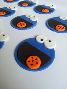 Whisked Away Home Bakery: Cookie Monster Fondant Cupcake Topper Tutorial