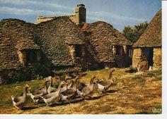 Périgord, Saint André d'Allas, Les bories, 1978 by allapoub - Dordogne