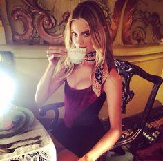 Girls and Coffee : Photo