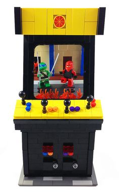 LEGO Teenage Mutant Ninja Turtles Arcade Game by agrahmann, via Flickr