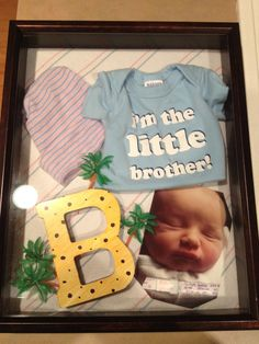 Shadow box baby collection: blanket, t-shirt, toboggan, braclet and photo from hospital when my son was born :) Baby Ideas, Fun Ideas, Craft Ideas, Fun Crafts, Arts And Crafts, Memory Quilts, Easy Projects, Swagg, Shadow Box