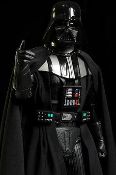 Darth Vader Discover Star Wars Darth Vader deluxe action figure Star Wars Darth Vader deluxe action figure by Sideshow Collectibles Leia Star Wars, Vader Star Wars, Star Wars Boba Fett, Star Trek, Star Wars Icons, Star Wars Poster, Star Wars Characters, Anakin Vader, Darth Vader