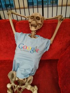 This is what happens when Googlers wait for their builders to run.  Okay, maybe not.  But Richard Hay from Google snapped a picture of a skeleton wearing a Google San Francisco t-shirt, while relaxing