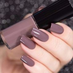 manicure gel nail art 2018 The best new nail polish colors and trends plus gel manicures, ombre nail Cute Acrylic Nails, Gel Nail Art, Cute Nails, Pretty Nails, Nail Manicure, Nagellack Design, Dark Nails, Dark Color Nails, Dark Purple Nails