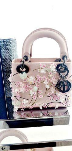♔  Dior
