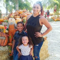 @loveyousomejayy... Banducci's Family Pumpkin Patch. Picking Pumpkins! 🎃