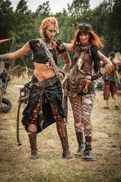 Post-Apocalyptic Fashion | krushak-dagra:   Junktown 2015 (photos by Viper)