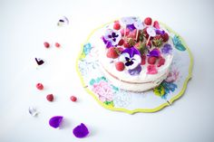 floral buttercream cake - coco cake land