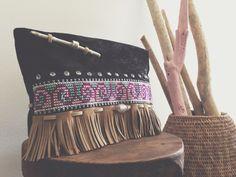 Tribal clutch [ handmade | jardimdevidro ]