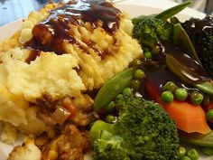 Proper Shepherds Pie, head over to Jenny Eatwells place and get it while it's hot!