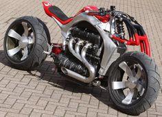Roger Allmond : Triumph Rocket III Concept