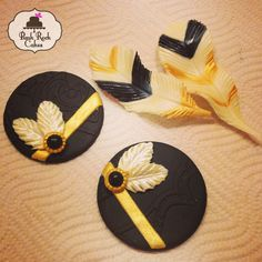 Cupcake fondant toppers. Art deco headband and feathers. Inspired by The Great Gatsby