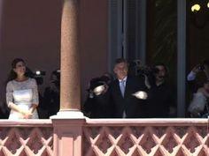 Vidéo , le président Macri danse au balcon de la Casa Rosada !!! • Hellocoton.fr