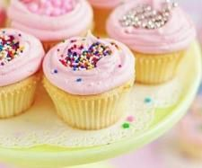 Recipe 30 Second Cupcakes by littlebeccyhomemaker, learn to make this recipe easily in your kitchen machine and discover other Thermomix recipes in Baking - sweet. Thermomix Cupcakes, Thermomix Desserts, Cupcake Recipes, Cupcake Cakes, Bakery Recipes, Cupcake Ideas, Cheddarwurst Recipe, Icing Recipe, Recipe Ideas