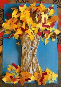 Here is our pick of easy fall crafts for kids! With these amazing ideas, you can create seasonal fall crafts for toddlers with them! Kids Crafts, Fall Crafts For Toddlers, Daycare Crafts, Toddler Crafts, Fall Arts And Crafts, Easy Fall Crafts, Autumn Art, Autumn Theme, Kindergarten Art