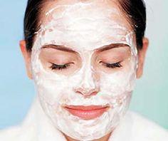 La mascarilla de arroz tiene un efecto secante de un cataplasma, ayudando a refrescar la piel y a sacarle el aceite.