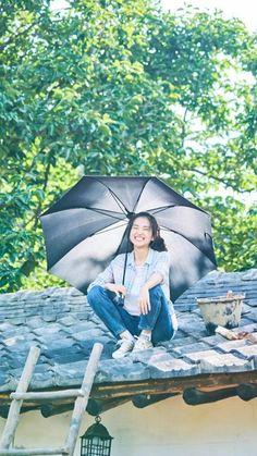 Lee Byung Hun, Kim Ji Won, Aesthetic Japan, Top Movies, Korean Actresses, Aesthetic Vintage, Art Tutorials, Ulzzang, Pastel Wallpaper