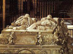 Sepulcro de los Reyes Católicos, Fernando e Isabel, en la Capilla real de Granada, realizado por Domenico Fancelli (1469-1519) (escultura flamenca)