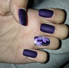 Purple nails #accentnails #mattepolish  #nailart  - bellashoot.com & bellashoot iPhone & iPad app