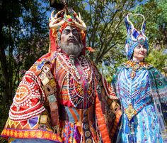 Everything you need to know about the Rivers of Light costumes before it debuts at Disney's Animal Kingdom in April! | [ https://style.disney.com/news/2016/03/28/everything-you-need-to-know-about-the-rivers-of-light-costumes/ ]