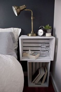Bedroom DIY – turn old crates into a functional nightstand – Schlafzimmer Easy Home Decor, Home Decor Bedroom, Diy Room Decor, Diy Bedroom, Bedroom Ideas, Bedroom Makeovers, Bedroom Designs, Modern Bedroom, Bedroom Decor Diy On A Budget