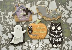 Haunted house,bat, ghost, pumpkin and owl Halloween cookies