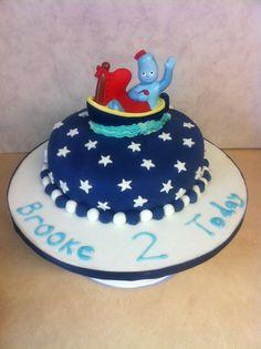 Iggle piggle (in a boat) cake