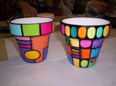 Macetas Flower Pot Art, Flower Pot Design, Clay Flower Pots, Flower Pot Crafts, Clay Pots, Paint Garden Pots, Painted Plant Pots, Painted Flower Pots, Clay Pot Projects
