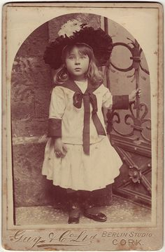 Fashionable little girl, 1900s cabinet card from Cork City Studio
