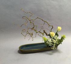Resultado de imagen de ikebana magnolia #uniquecontainergardeningideas