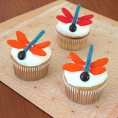 Dragonfly Cupcakes. As cute as they look. I used twizzlers for the bodies and junior mints for the heads.