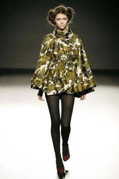 camo Camouflage Fashion, Camo Fashion, Runway Fashion, High Fashion, Womens Fashion, Fashion Trends, Military Inspired Fashion, Military Fashion, Military Girl