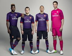 Deep purple: Alex Song, Jack Wilshere, Kieran Gibbs and Wojciech Szczesny parade the new kit Arsenal Clique Soccer Gear, Soccer Kits, Football Kits, Nike Football, Football Season, Arsenal Kit, Arsenal Jersey, Arsenal Football, Playstation Move