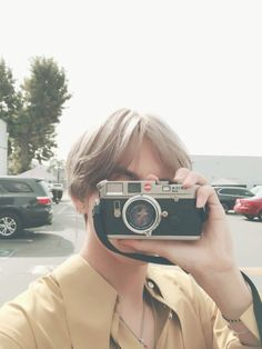TaeTae selca with camera pt 2
