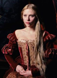 "Scarlett Johansson in ""The Other Boleyn Girl"" (2008)"