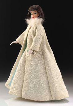 Rare dolls / outfits - Gala Abend auctioned for £7,200