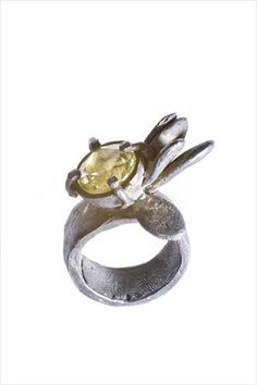 ring heavy by Jennie Gill.