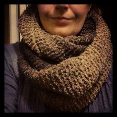 Hjemmestrikket tubeskjerf/hals  Knitted tubescarf