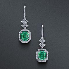 Emerald Green Earrings, Emerald Jewelry, Ear Jewelry, Art Deco Jewelry, Cute Jewelry, Gemstone Jewelry, Jewelery, Jewelry Accessories, Jewelry Design
