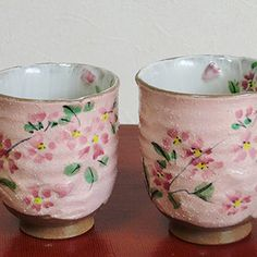 BESTJAPAN | Kiyomizu Yaki Yunomi /Mug Cup/Akebono (Sakura-cherry blossom)Elegant shapes, graceful design, and pure, intense colors – these are the qualities that have drawn generation after generation to Kyoto's Kiyomizu yaki ceramic ware.  Luxury and cute pink cherry design rice bowl. If you like pink, best recommend! The form is hard to slip. Sakura Cherry Blossom, Rice Bowls, Cute Pink, Mug Cup, Kyoto, Candle Holders, Kawaii, Shapes, Ceramics