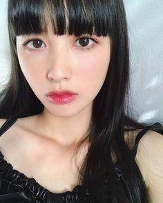 Recuperation for eyes: Photo Korean Eye Makeup, Asian Makeup, Beauty Makeup, Hair Makeup, Korean Makeup Tutorials, Japanese Makeup, Model Face, Emo Girls, Japanese Girl