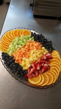 Fruit Platter Design 1 By me Kyona Hall Shared by Where YoUth Rise Mealfit offers high quality food and catering services. To know more about it, check out www. A fruit platter is great for the buffet line or dessert table. Snacks Für Party, Parties Food, Fruit Party, Party Appetizers, Breakfast Appetizers, Fruit For Parties, Party Fruit Platter, Fruit Salad Ideas Parties, Birthday Appetizers