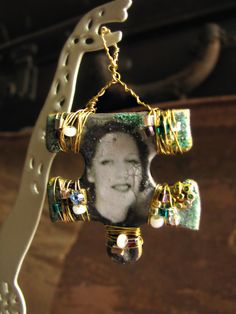 Items similar to Altered Art Photobooth Upcycled Puzzle Jigsaw Pendant on Etsy Puzzle Piece Crafts, Puzzle Art, Puzzle Pieces, Puzzle Jewelry, Artist Trading Cards, Game Pieces, Photo Projects, Alter Ego, Photo Displays