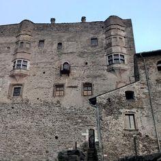 #castelpergine #beniculturali_3.0 #manors  #castle  #Château #castello #fortificazione #medioevo