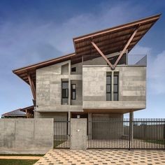 ✨Sepang House by Eleena Jamil Architect Location: Sepang, Selangor, #Malasia