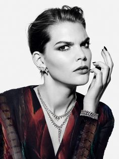 Discover the latest Stephen Webster jewellery collections of rings, earrings, necklaces, bracelets and gifts for women and men. Fashion Still Life, Stephen Webster, Beauty Editorial, Harrods, Color Splash, Jewelry Collection, Fine Jewelry, Jewellery, High Fashion