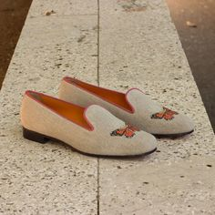 Custom Made Audrey Slipper in Ice Linen From Robert August. Create your own custom designed shoes. Custom Boots, Custom Design Shoes, Leather Slippers, Your Shoes, Women's Shoes, Orange Leather, Leather Accessories, Womens Slippers, Low Heels